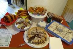 Kuchen, Muffins und Butterbrezen für das leibliche Wohl war gut gesorgt